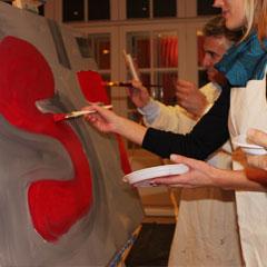 Peinture de la fresque en équipe
