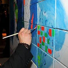 La peinture de la fresque au cours de l'animation team building