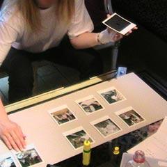 Composition en équipe de la maquette du roman photo