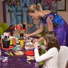 Atelier de décoration d'objets pour les enfants