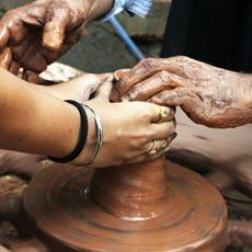 L'atelier poterie d'un team building créatif