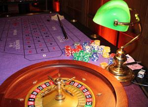 jeux et jetons pour l'animation d'une soirée casino