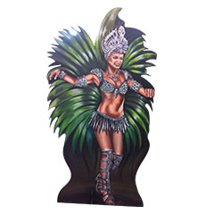 Danseuse brésilienne en bois peint