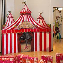 décor artisanal sur le thème cirque