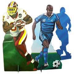silhouette en bois peint de footballeurs