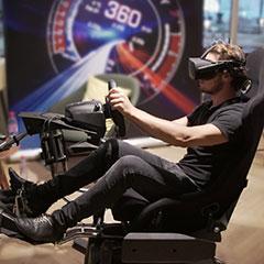Simulateur en réalité virtuelle de conduite et vol, proposant de nombreux véhicule