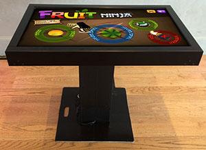 table avec écran digital pour animation événementielle