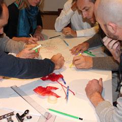 Séance de peinture pendant le team building fresque